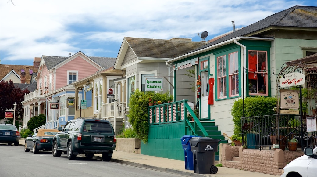 Pacific Grove which includes shopping