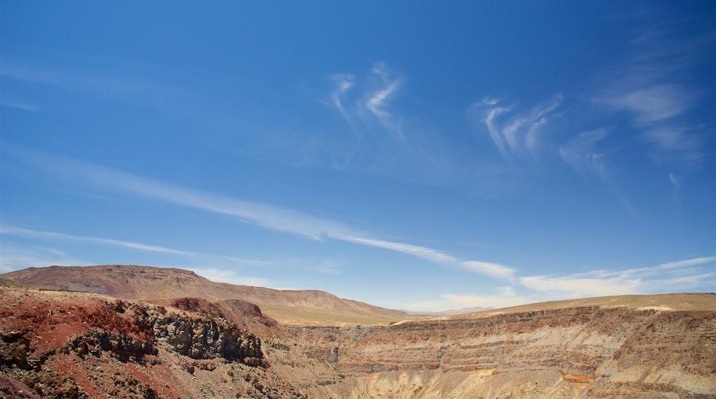 Vale da Morte mostrando paisagens do deserto e cenas tranquilas