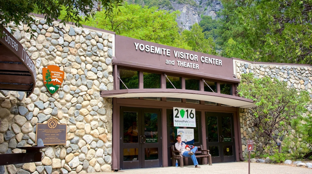 Yosemite Visitor Center showing signage
