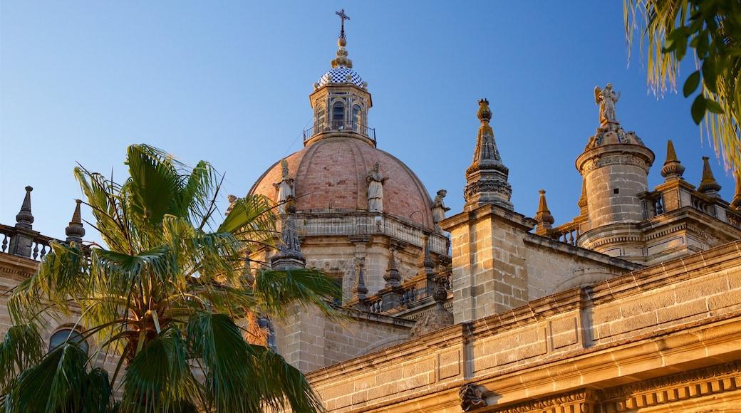 Cathédrale de Jerez montrant coucher de soleil, église ou cathédrale et patrimoine historique