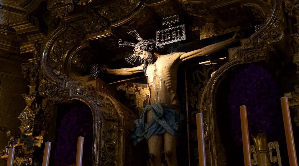 Kathedrale von Jerez das einen religiöse Elemente und Innenansichten
