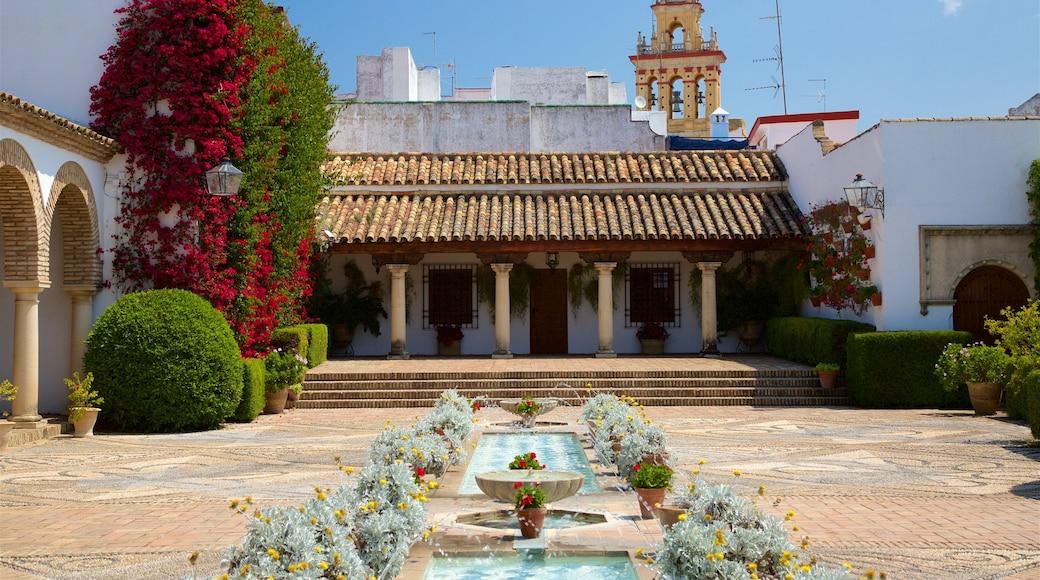 Palacio del Marqués de Viana que incluye una plaza y una fuente
