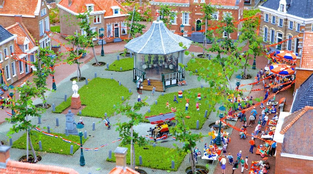 Holanda del Sur ofreciendo una plaza y un pueblo
