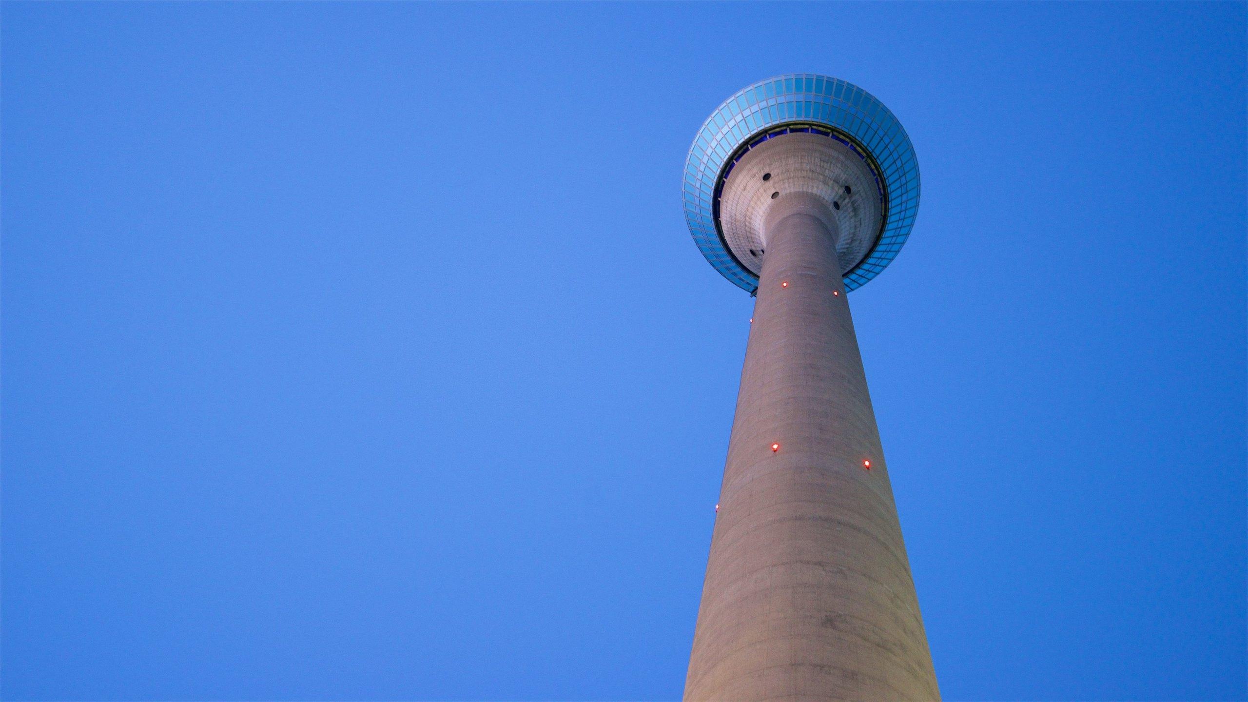 Rheinturm, Düsseldorf, Nordrhein-Westfalen, Deutschland
