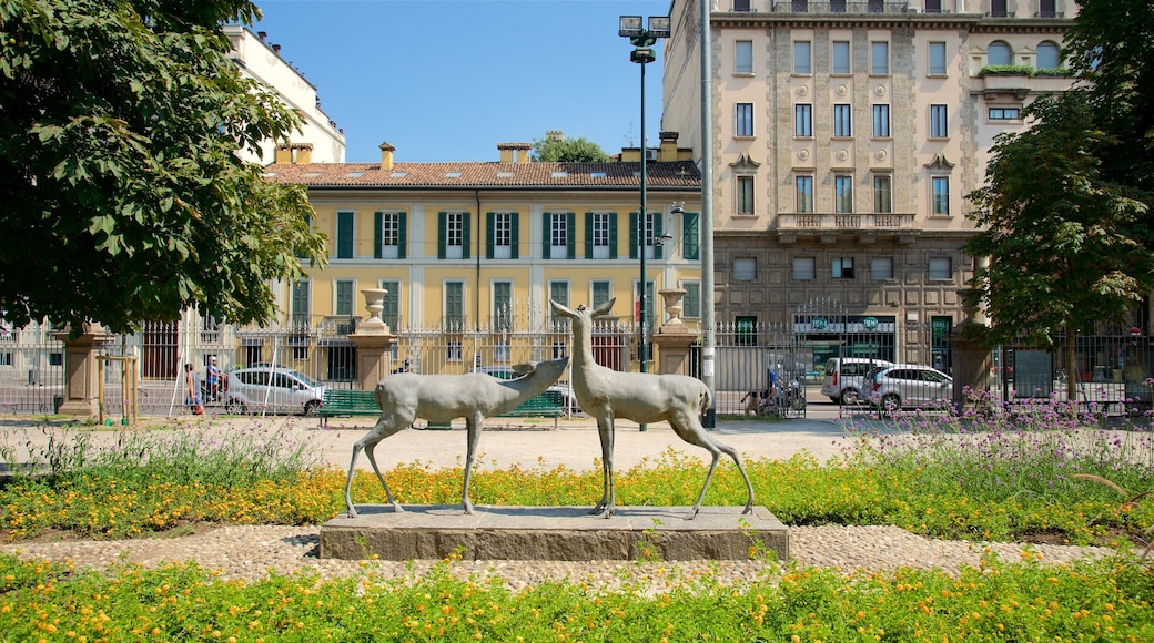 Villa Reale caratteristiche di statua o scultura e parco