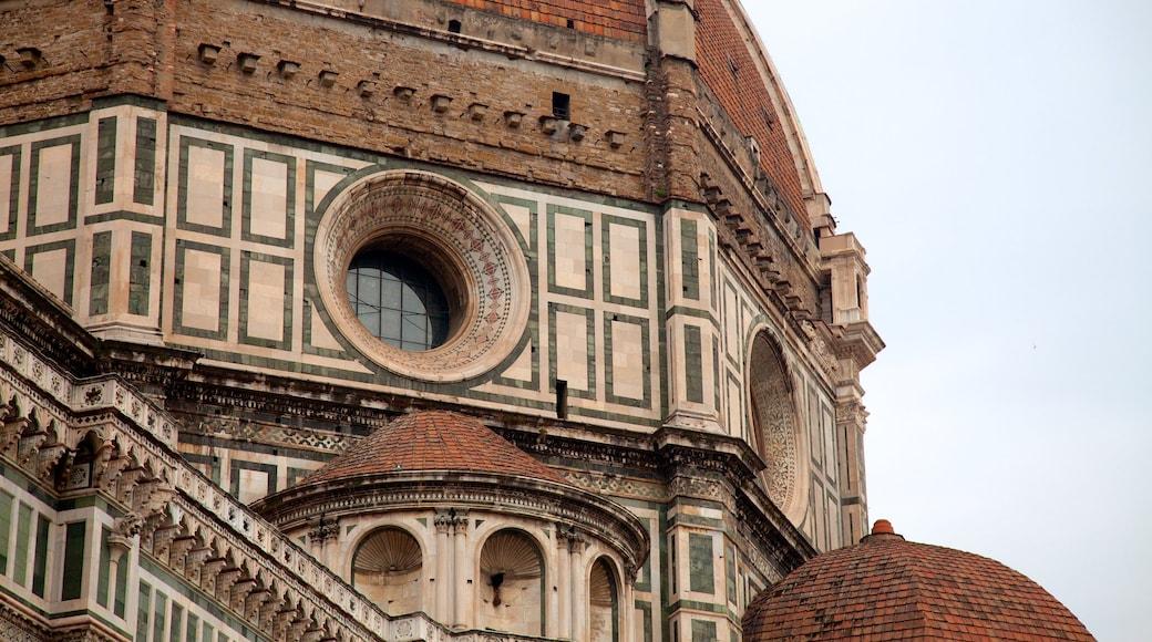 วิหาร Santa Maria del Fiore แสดง โบสถ์หรือวิหาร และ มรดกทางสถาปัตยกรรม