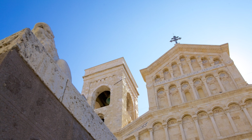 Cagliari Cathedral showing religious aspects, a church or cathedral and heritage architecture