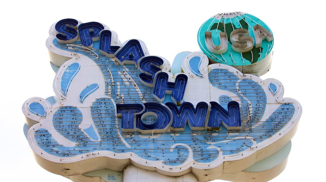 Splashtown mostrando sinalização