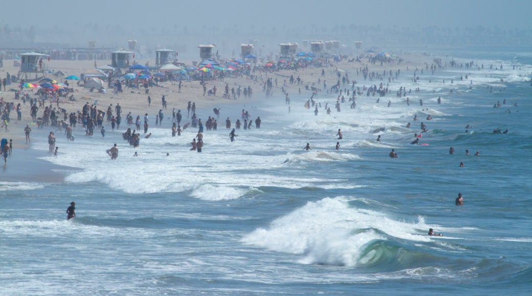 Huntington Beach which includes landscape views, swimming and a beach