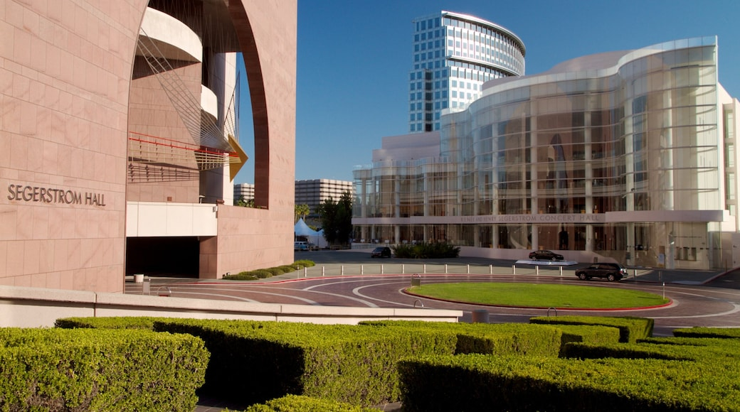 Segerstrom Center for the Arts which includes a city, a square or plaza and modern architecture