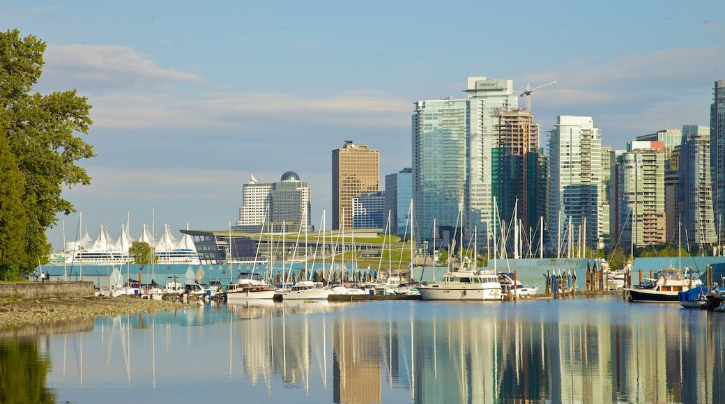 Stanley Park which includes skyline, boating and central business district