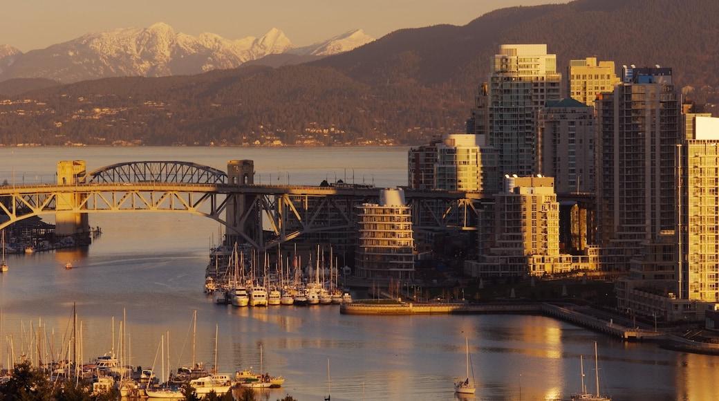 Vancouver featuring city views, a bridge and a skyscraper