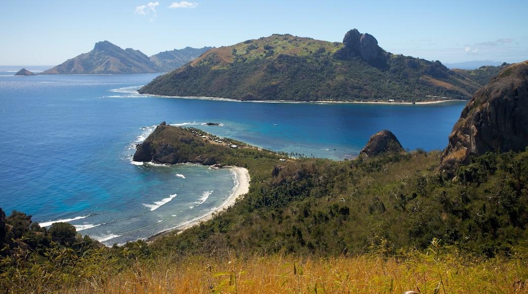 Islas Yasawas que incluye vistas generales de la costa, vistas de paisajes y vistas de una isla