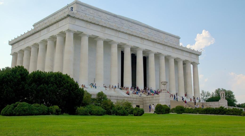 Monumento a Lincoln que incluye un monumento conmemorativo