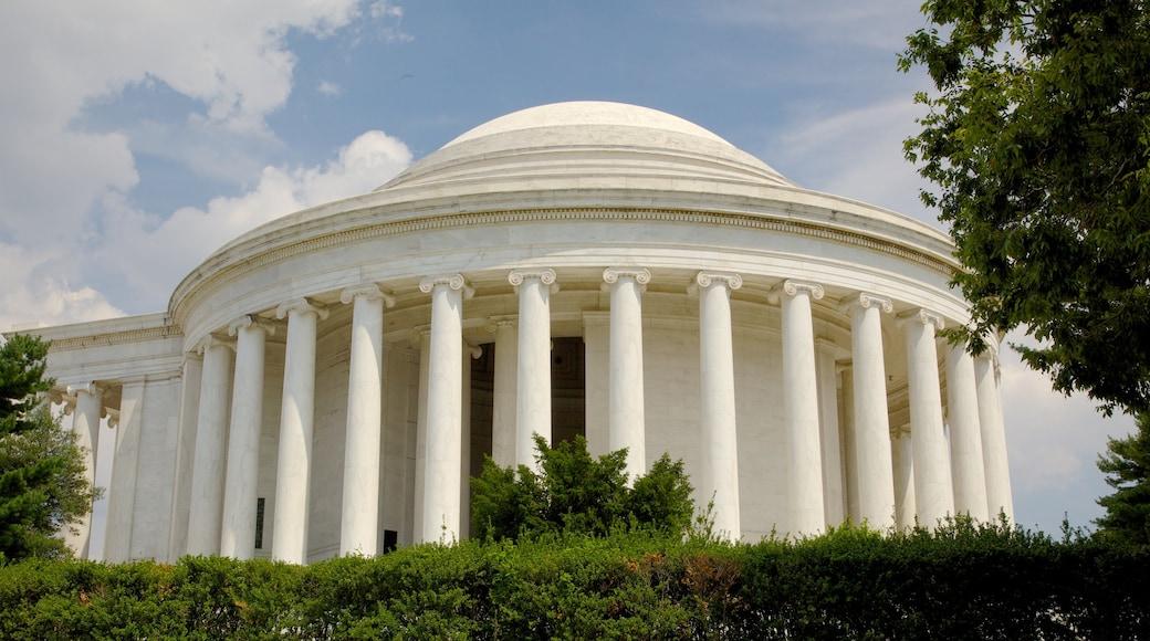 Monumento a Jefferson que incluye un monumento conmemorativo