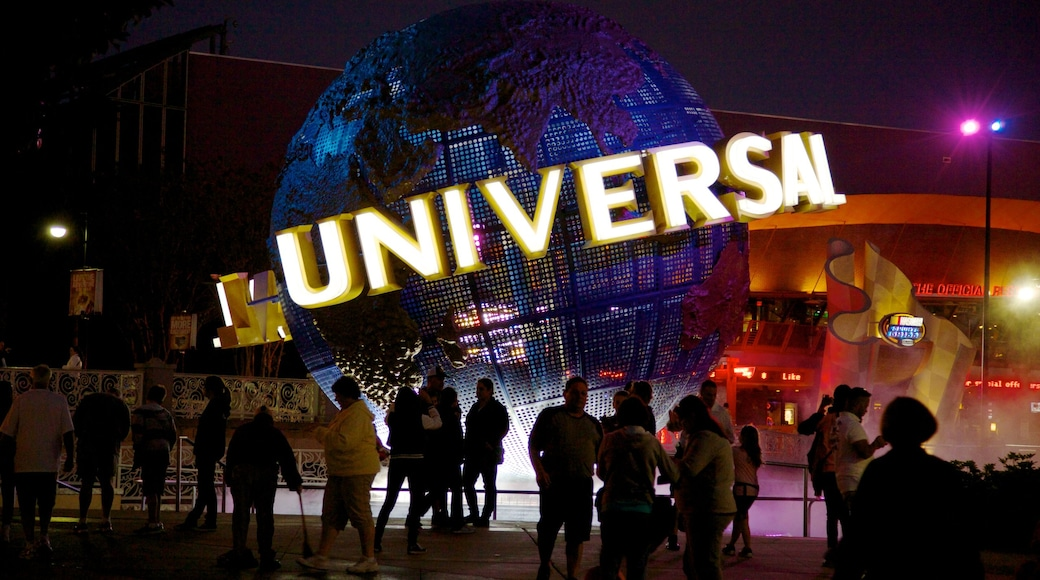 Orlando which includes a city, signage and night scenes