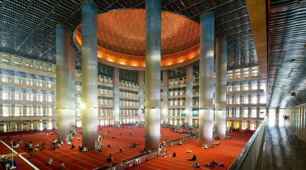 Istiqlal Mosque featuring interior views, heritage architecture and modern architecture