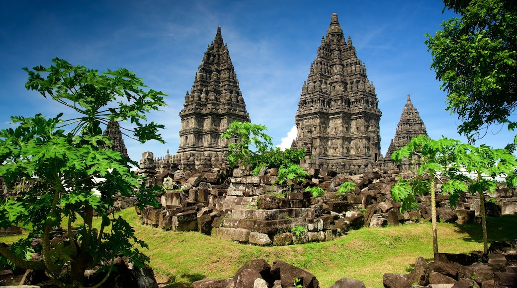 Prambanan Temple featuring a ruin and heritage architecture