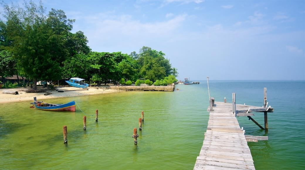 Banten showing general coastal views