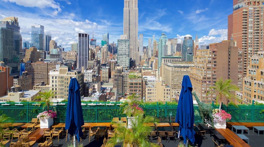 Nueva York mostrando una ciudad, vista panorámica y un rascacielos