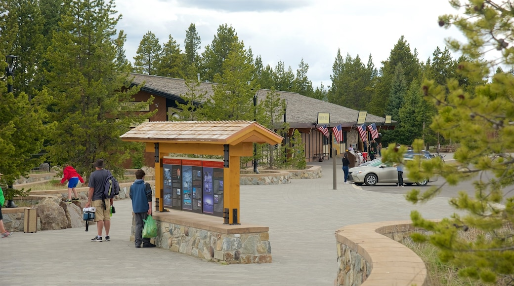 Canyon Village qui includes signalisation