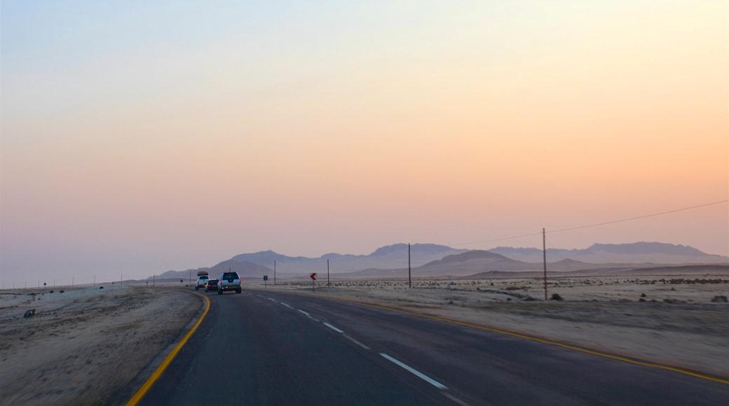 Swakopmund welches beinhaltet Wüstenblick, Sonnenuntergang und ruhige Szenerie