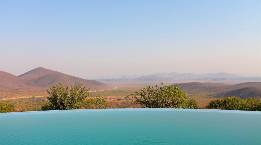 Opuwo montrant scènes tranquilles, vues du désert et panoramas