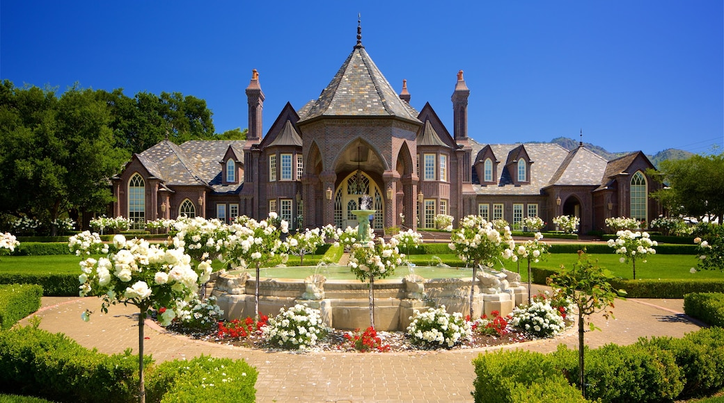 Ledson Winery and Vineyards featuring a fountain, heritage elements and a house