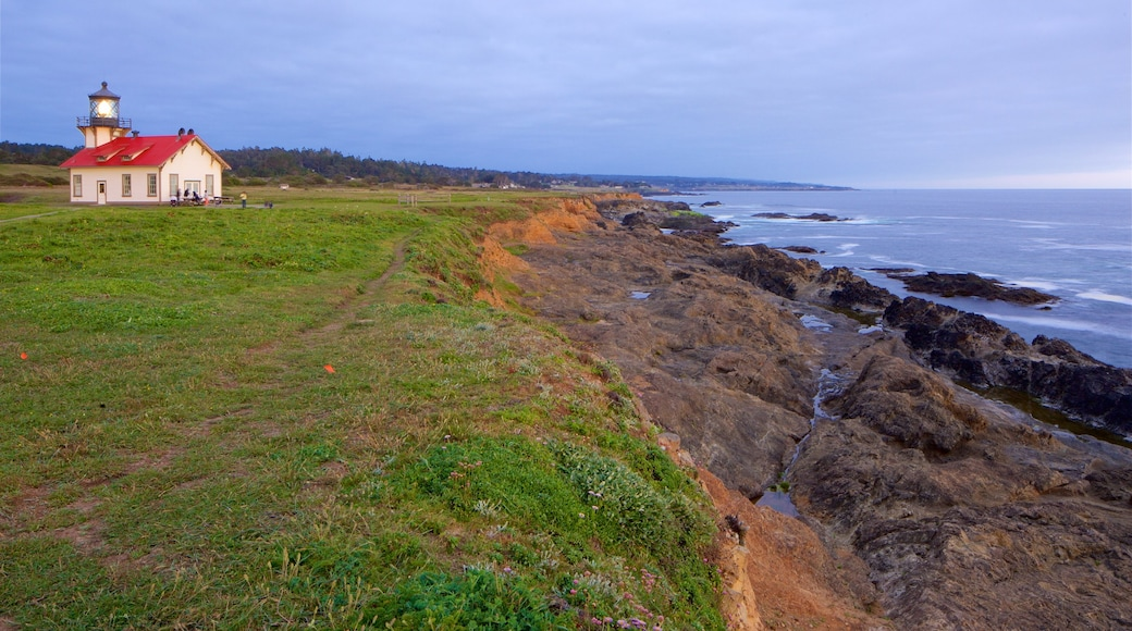 Mendocino showing rugged coastline, a lighthouse and general coastal views