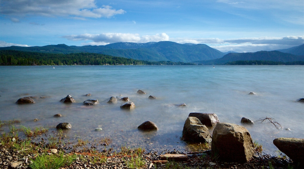 Sproat Lake Petroglyphs which includes a pebble beach and a lake or waterhole