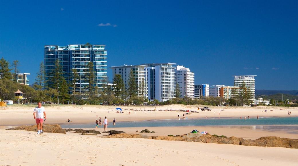 Coolangatta Beach showing a city, general coastal views and a beach