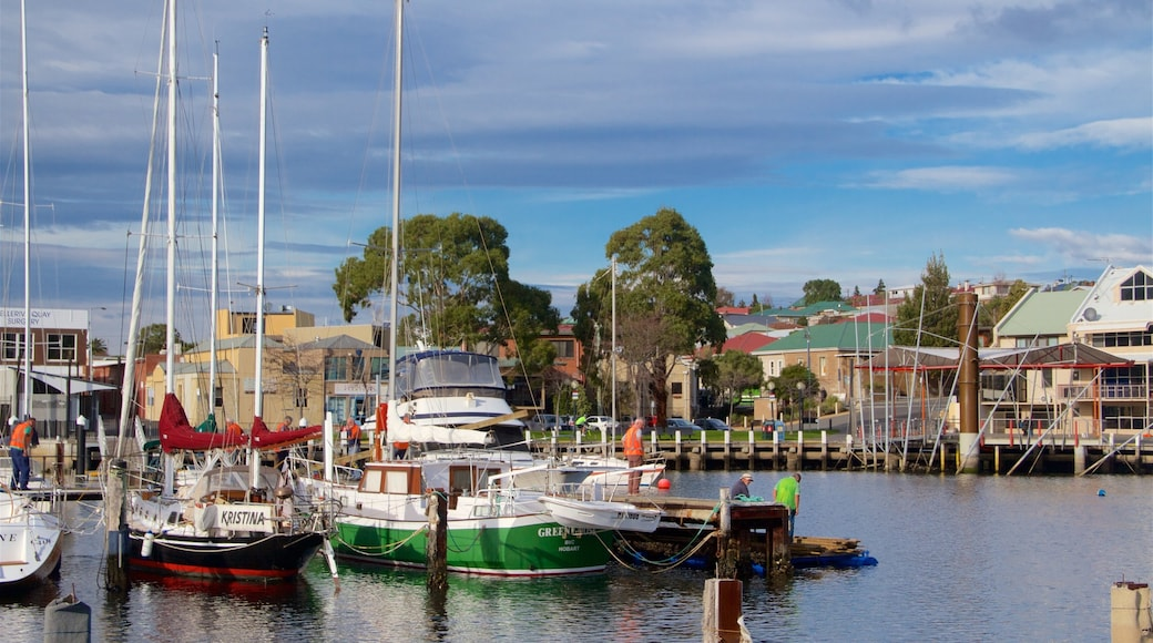 Bellerive showing a bay or harbour