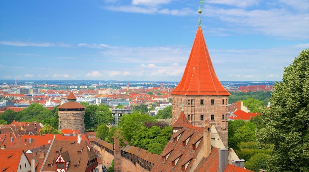 Nürnbergin linna joka esittää perintökohteet ja kaupunki