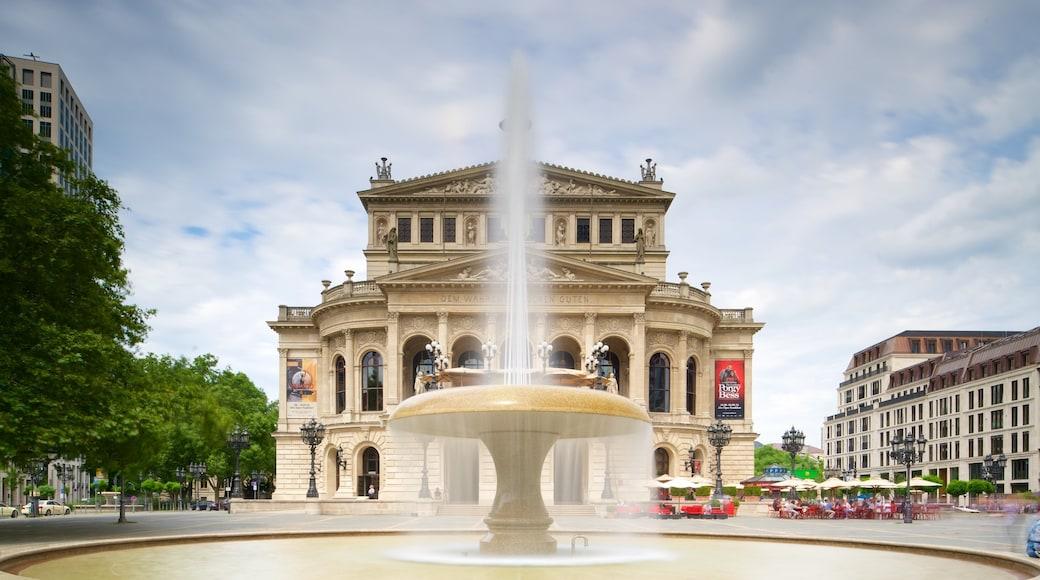 Alte Oper Frankfurt welches beinhaltet Springbrunnen und historische Architektur