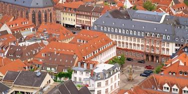Heidelberg mit einem Platz oder Plaza und Stadt