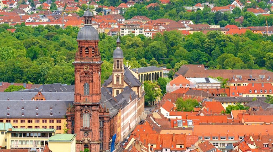 Würzburg som inkluderar historiska element och en stad