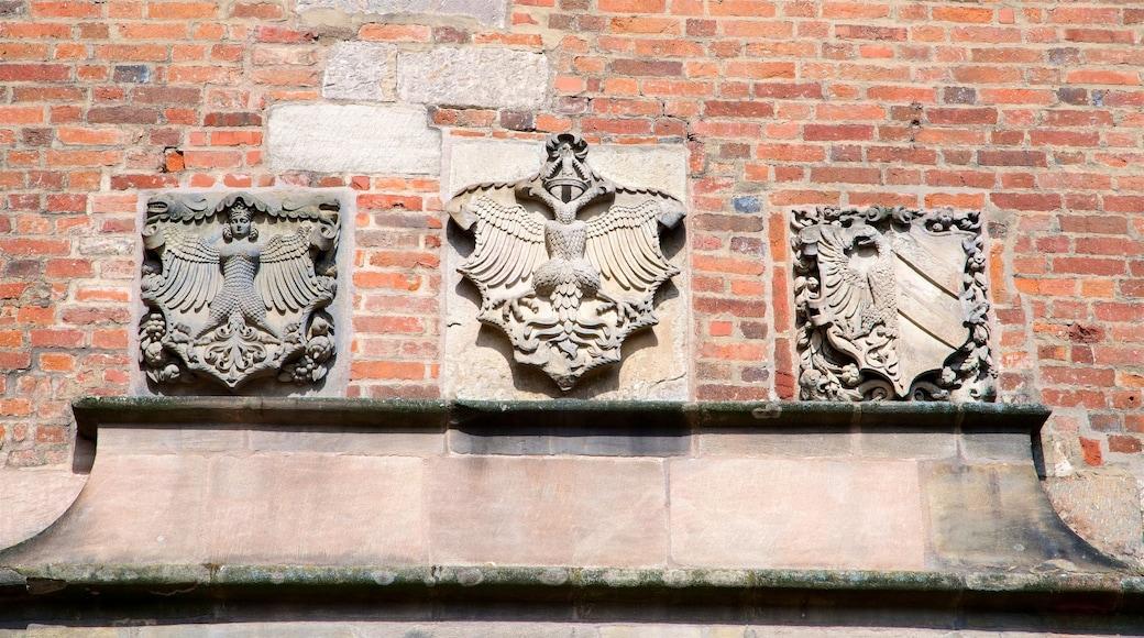 Nürnbergin linna featuring perintökohteet