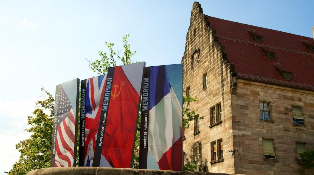 Paleis van justitie van Nuremberg inclusief historisch erfgoed en bewegwijzering