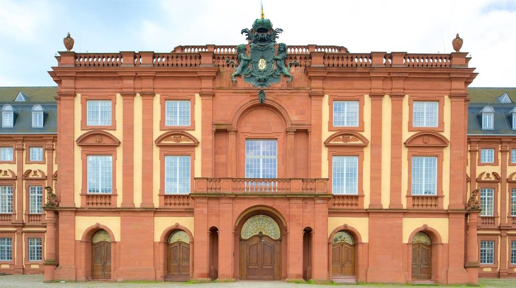 Mannheimer Schloss welches beinhaltet Geschichtliches
