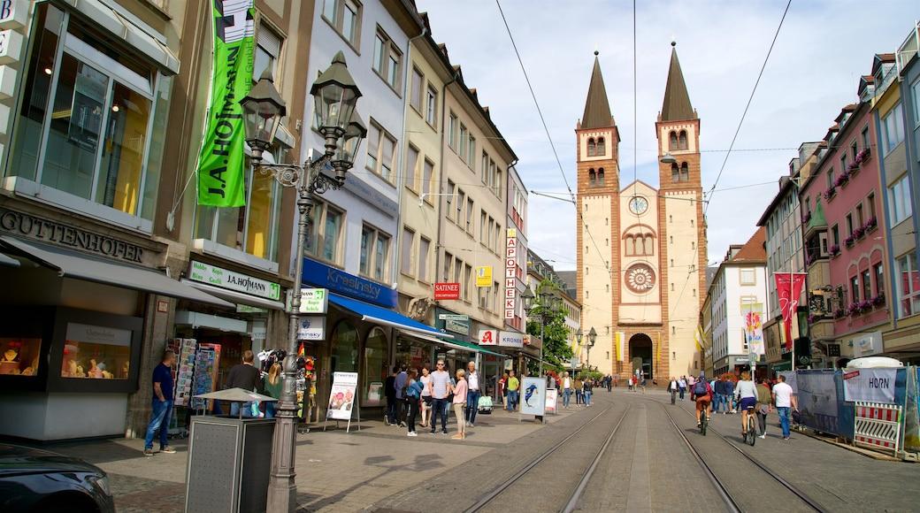 Würzburger Dom som inkluderar historiska element och historisk arkitektur