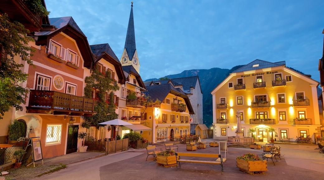 Oberösterreich mit einem bei Nacht, Platz oder Plaza und Geschichtliches