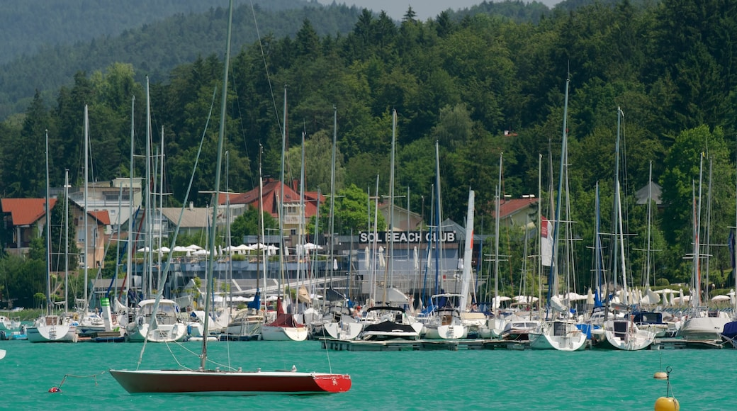 Velden am Woerthersee showing tranquil scenes and a bay or harbor