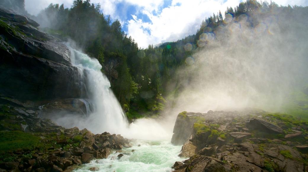 Krimmler Wasserfälle mit einem Kaskade und Stromschnellen
