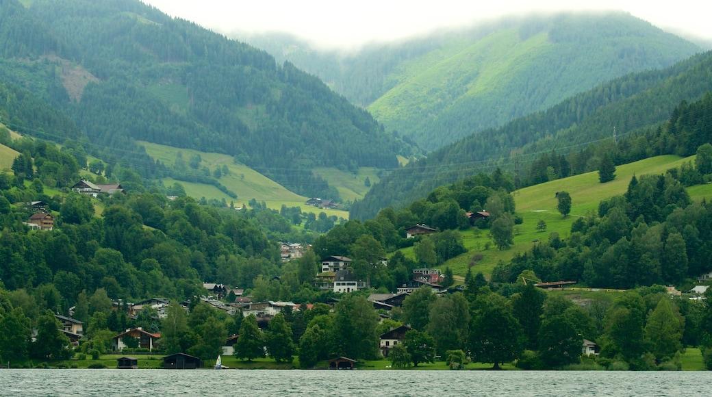 Krimml welches beinhaltet ruhige Szenerie, See oder Wasserstelle und Landschaften