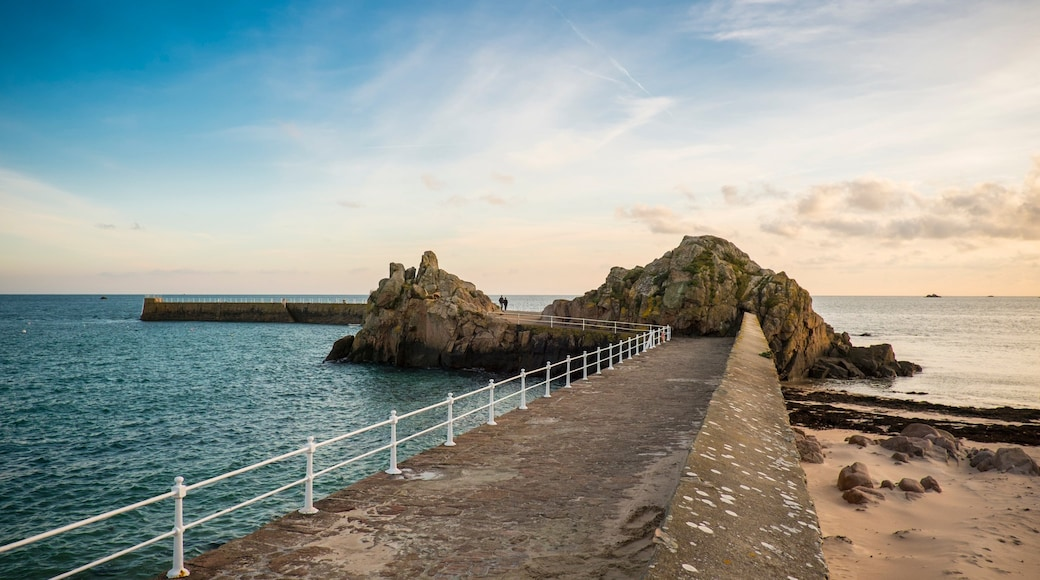 Saint Clement which includes rugged coastline and general coastal views
