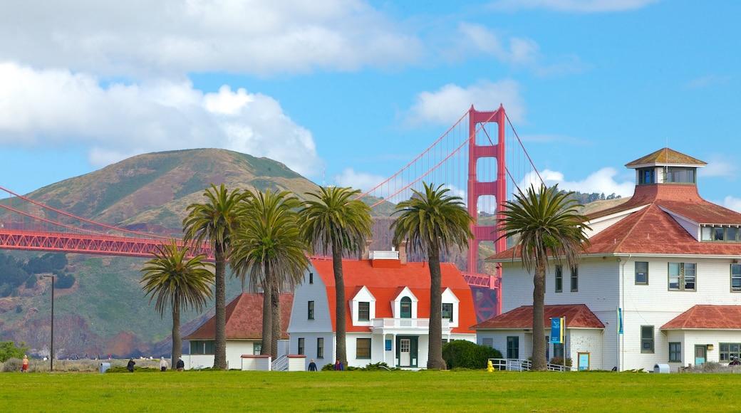 Presidio of San Francisco showing tropical scenes