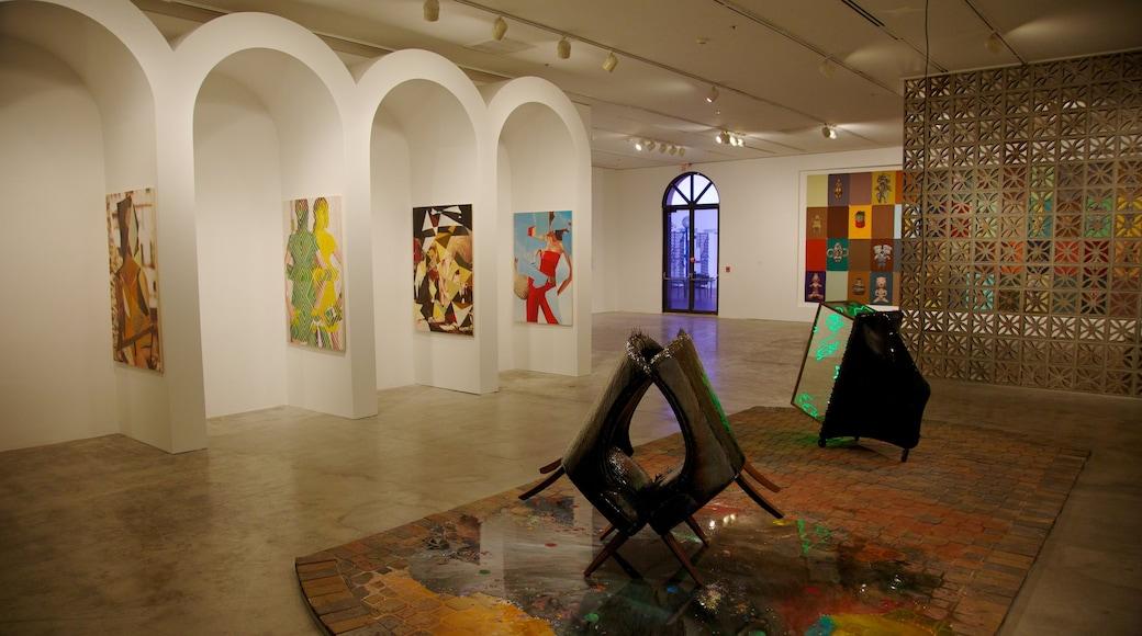 Perez Art Museum Miami inclusief interieur en kunst