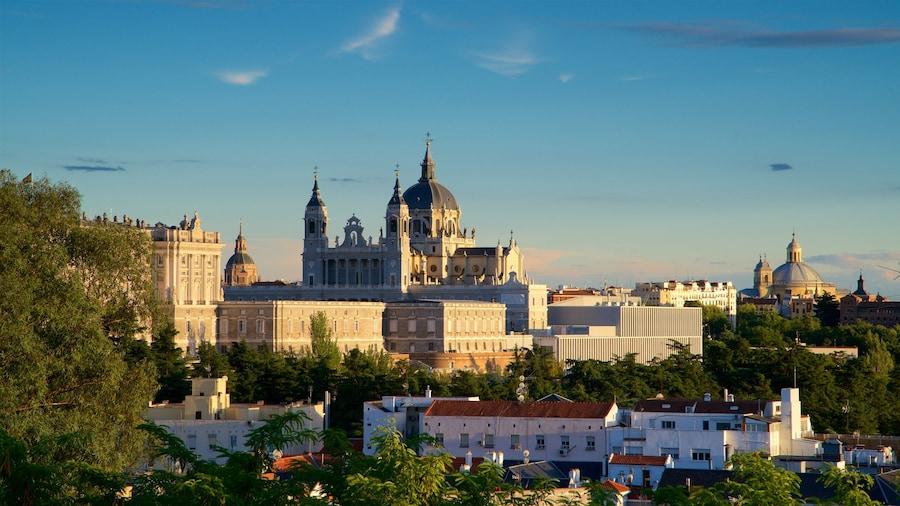 Kathedrale Nuestra Señora de la Almudena