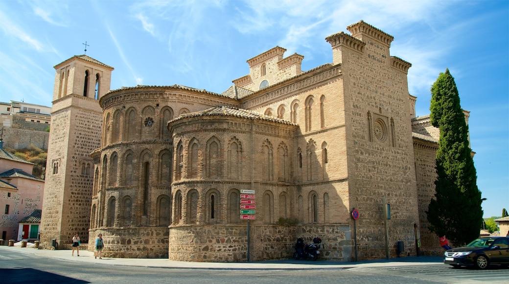 산티아고 델 아라발 교회