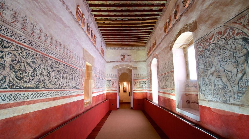 Golfines de Abajo Palace